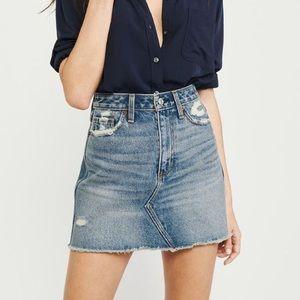 Abercrombie & Fitch denim mini skirt 31 NWT